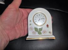 ELEGANT SMALL DOMED CLOCK WEDGWOOD WILD STRAWBERRY WORKING FINE EXCELLENT COND